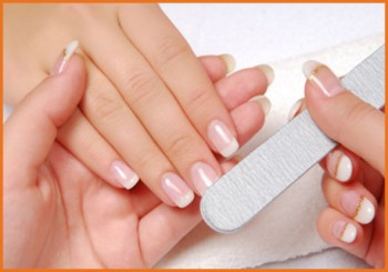 <h4>Faux ongles &#8220;Gel UV ou Résine&#8221;<h4>